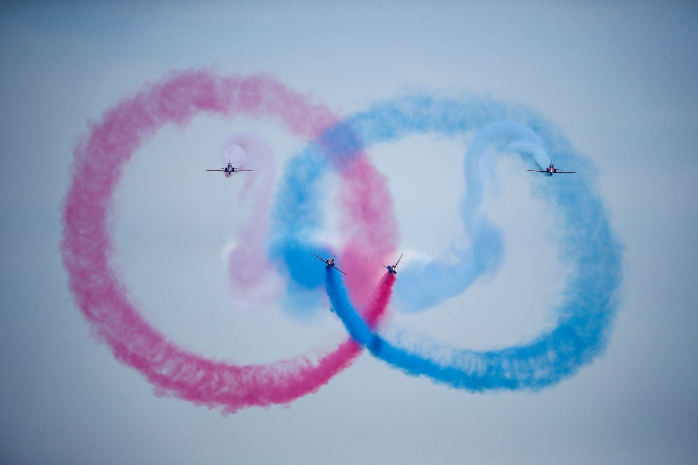 raf-red-arrows-display