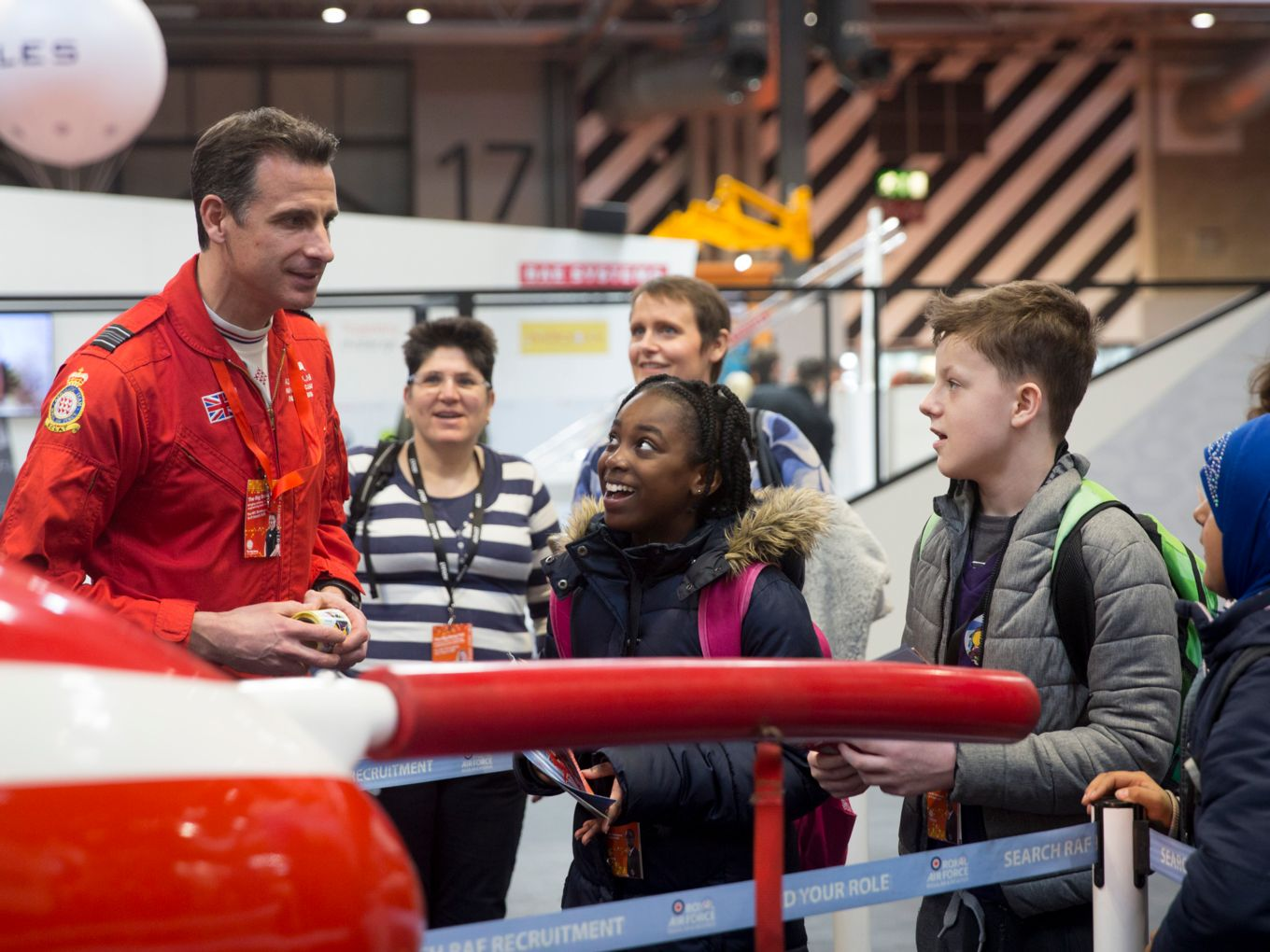 Red Arrows pilot talking with students