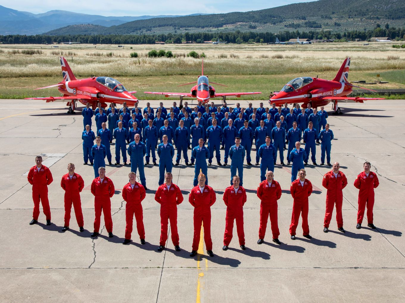red-arrows-2019-pda