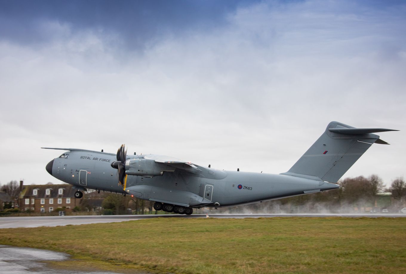 Image shows RAF A400M Atlas taking off.