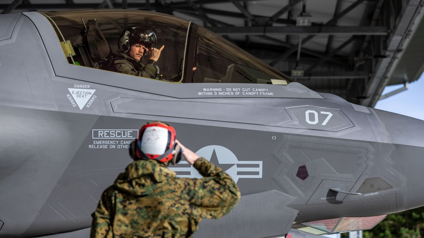 Image shows a United States Marine Corps F-35B Lightning aircraft